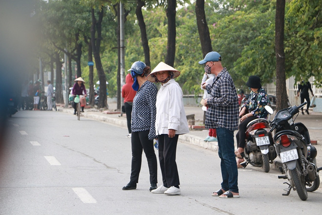 Cặp vé chợ đen trận Việt Nam - Thái Lan được đẩy lên 10 triệu đồng - Ảnh 8.