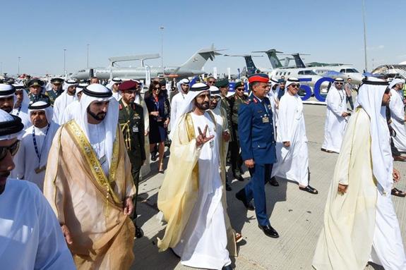 Khai mạc Triển lãm Hàng không Dubai 2019 - Ảnh 1.