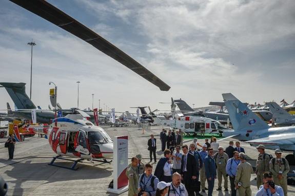 Khai mạc Triển lãm Hàng không Dubai 2019 - Ảnh 8.