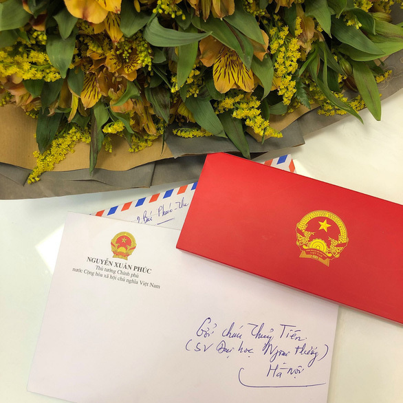 Nữ sinh ung thư xúc động nhận thư động viên của Thủ tướng - Ảnh 1.