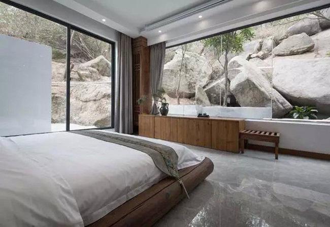 Người phụ nữ dành cả phần còn lại của cuộc đời mình cho việc tạo không gian sống đẹp yên bình trên núi - Ảnh 12.