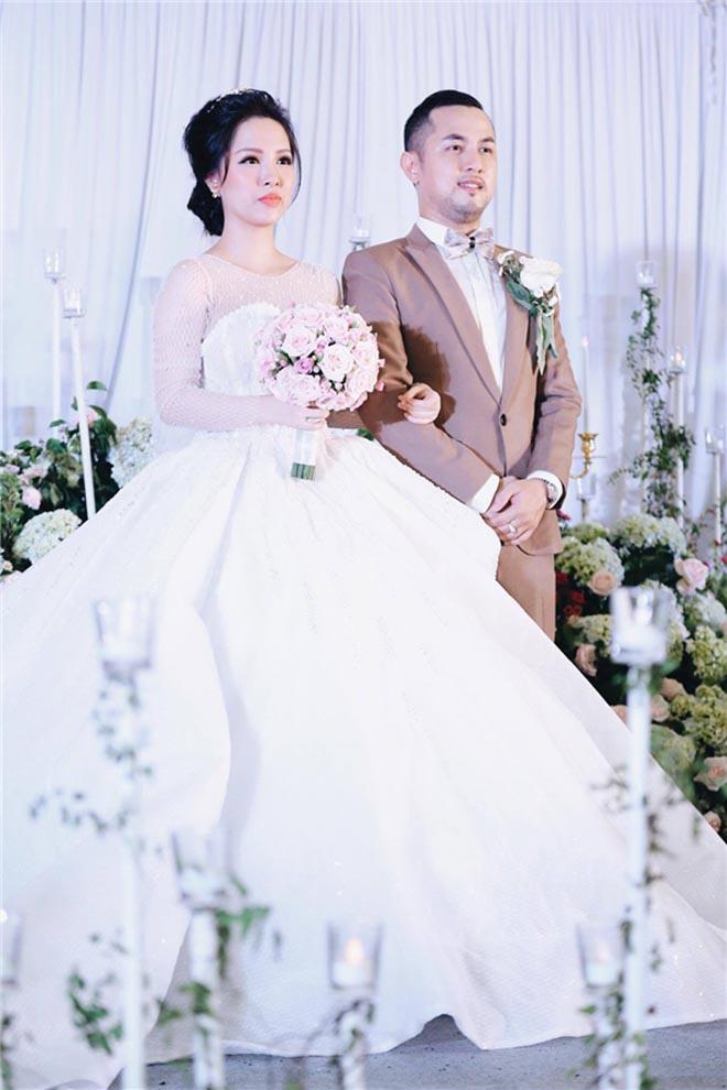 So sánh độ chịu chơi giữa đám cưới Bảo Thy và anh trai ruột  - Ảnh 9.