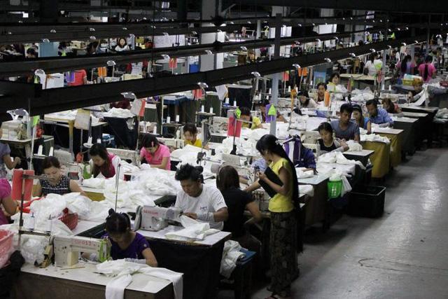 Toàn cảnh bức tranh tái cơ cấu chuỗi cung ứng Đông Nam Á: Những ai cạnh tranh ngang tầm và những ai đang tụt hậu so với Việt Nam? - Ảnh 2.