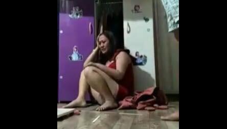Người phụ nữ bị chồng đánh dã man, quay clip tung lên mạng ở Bình Dương bị hoảng loạn, vẫn phải điều trị ở bệnh viện - Ảnh 2.