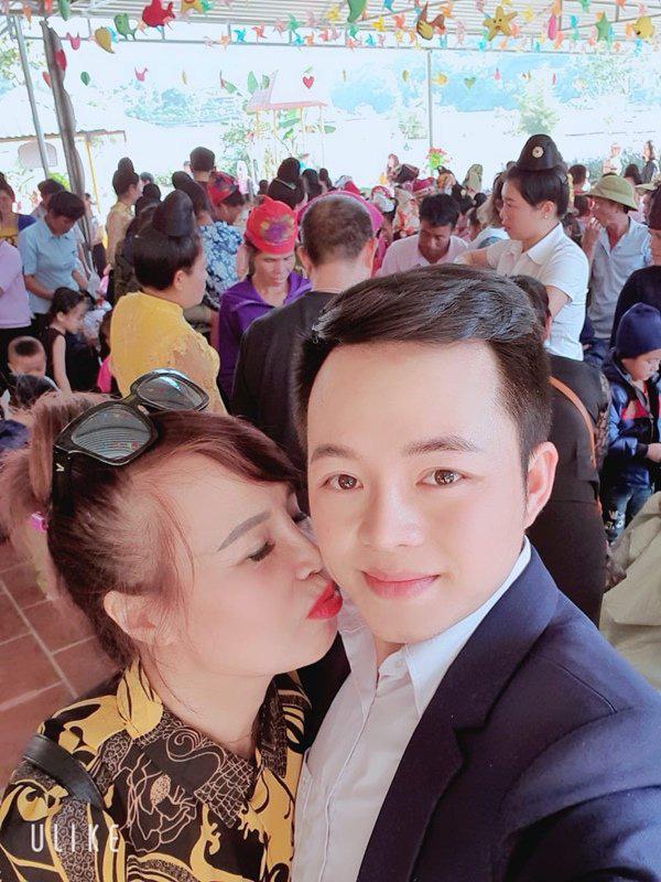 Chưa hài lòng với nhan sắc, 'cô dâu 62 tuổi' đưa chồng đi xăm môi đỏ chót khiến dân tình kinh ngạc - ảnh 6