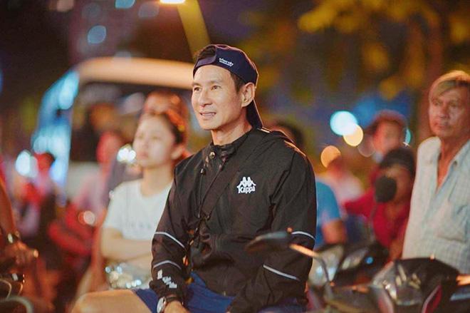 Bạn gái hot girl của Mạc Văn Khoa phấn khích khi đứng cạnh Lâm Tây, Quang Hải - Ảnh 11.