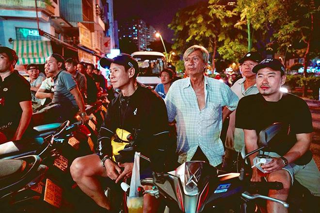 Bạn gái hot girl của Mạc Văn Khoa phấn khích khi đứng cạnh Lâm Tây, Quang Hải - Ảnh 10.
