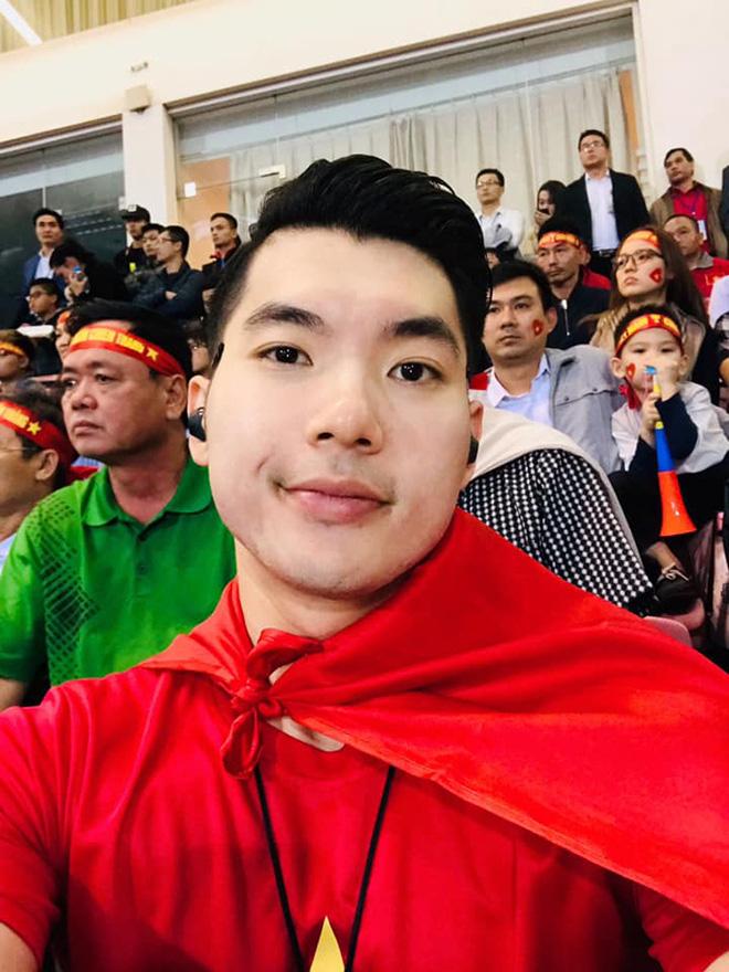 Bạn gái hot girl của Mạc Văn Khoa phấn khích khi đứng cạnh Lâm Tây, Quang Hải - Ảnh 8.
