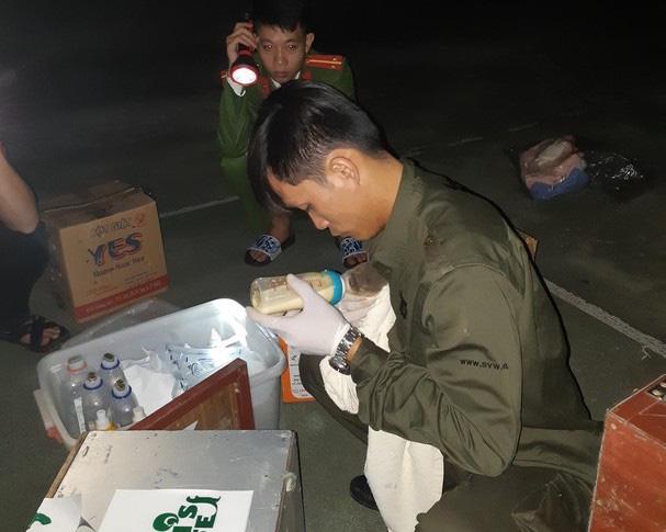 19 cá thể rái cá quý hiếm thuộc sách đỏ Việt Nam bị đóng thùng buôn lậu - ảnh 4