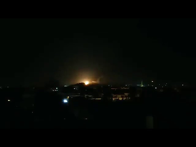 Bị Israel đánh trực diện, phòng không Syria tổn thất lớn - Nga chính thức ra tay khóa chết miền Bắc Syria - Ảnh 28.