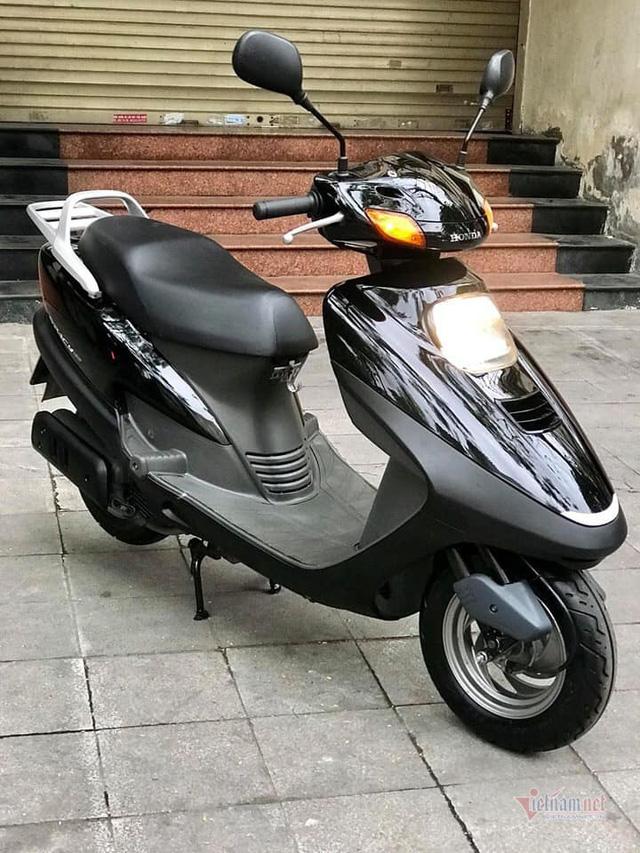 Xe tay ga Honda Spacy 11 năm tuổi giá 125 triệu ở Hà Nội - Ảnh 1.