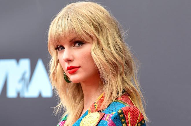 11 năm trước, chính nhan sắc cực phẩm tựa công chúa này của Taylor Swift đã khiến hàng triệu người lạc vào mê hồn trận - Ảnh 11.