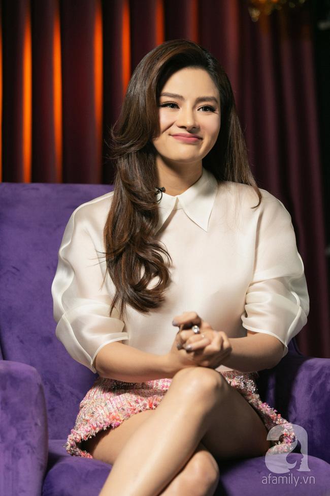 Vũ Thu Phương: Lấy chồng đại gia Campuchia, nuôi 2 con riêng, có mâu thuẫn là mời mẹ chồng - em chồng ra nói chuyện - Ảnh 8.
