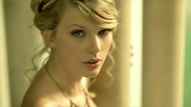 11 năm trước, chính nhan sắc cực phẩm tựa công chúa này của Taylor Swift đã khiến hàng triệu người lạc vào mê hồn trận - Ảnh 9.