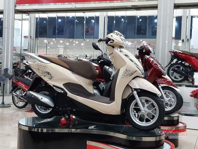 Honda Lead, Winer X giảm giá ào ào, lợi hơn mua SH - Ảnh 2.