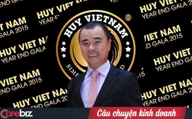 Nhóm NĐT ngoại: Người của ông Huy Nhật trưng chứng từ Huy Việt Nam có hơn 80 triệu USD trong tài khoản ngân hàng, nhưng chúng tôi làm việc với ngân hàng mới biết số tiền trên không tồn tại - Ảnh 1.