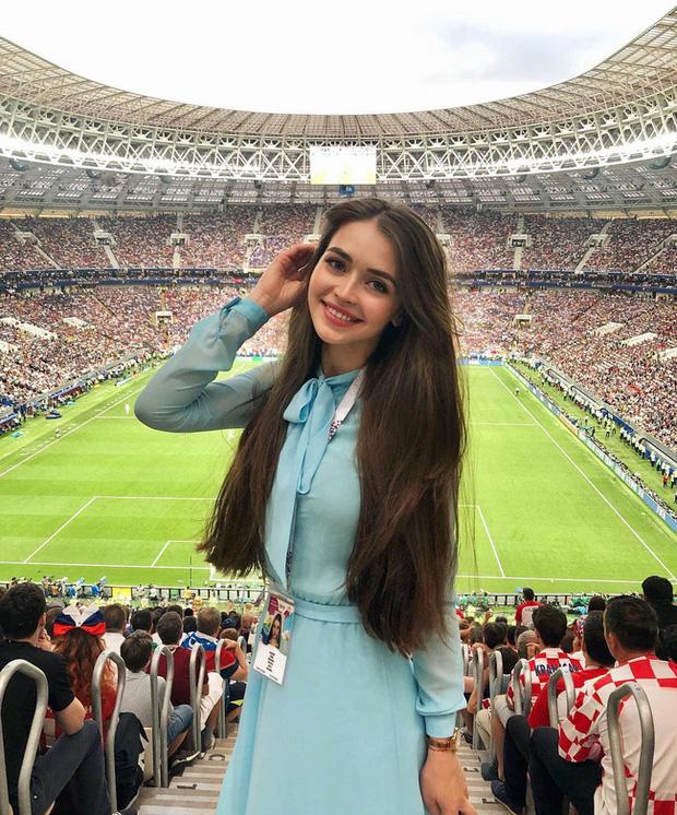 Chân dung nữ nghị sĩ trẻ nhất Belarus khiến cộng đồng mạng điêu đứng: Sở hữu vẻ đẹp tựa thiên thần, từng lọt top 5 Hoa hậu Thế giới - Ảnh 5.