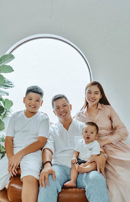Cách ứng xử khôn ngoan của mỹ nhân Việt với con riêng của chồng - Ảnh 1.