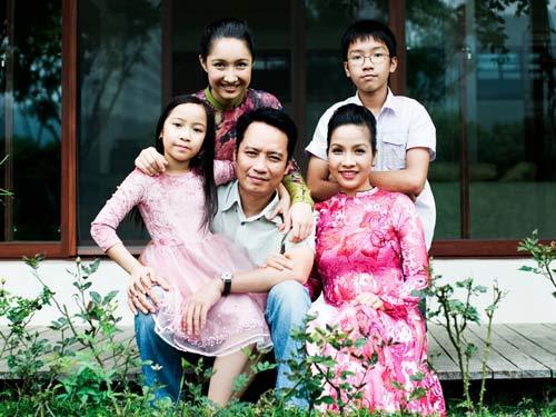 Cách ứng xử khôn ngoan của mỹ nhân Việt với con riêng của chồng - Ảnh 10.