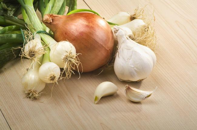 Những thực phẩm giúp giải độc gan bạn cần biết - Ảnh 2.