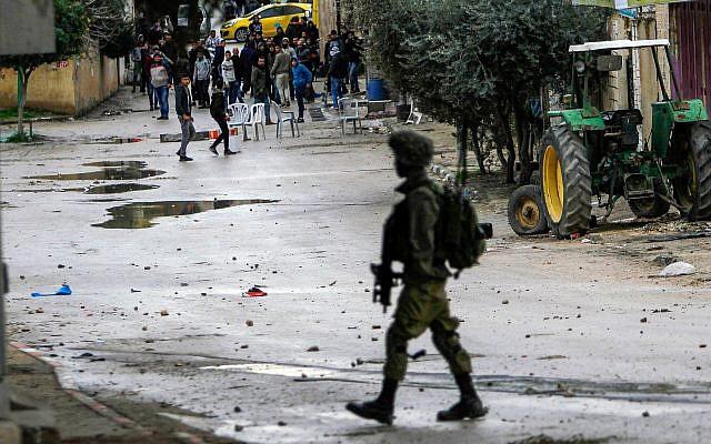 CẬP NHẬT: Hàng chục tổ hợp Pantsir-S giăng bẫy, khóa chặt bầu trời Syria - Houthi ồ ạt tấn công, tổ hợp Patriot thần thánh tan xác? - Ảnh 10.