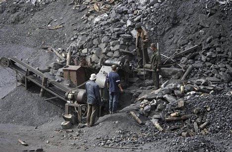 Sập mỏ, 9 công nhân sống sót sau 5 ngày nhờ tiếng chuột kêu, đến khi biết chân tướng sự việc, ai cũng ngỡ ngàng - Ảnh 1.