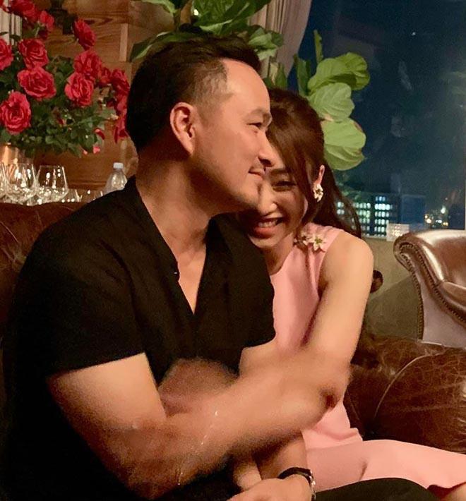 Chi Bảo công khai ôm hôn, gọi bạn thân 10 năm của Ngọc Trinh là vợ - Ảnh 5.