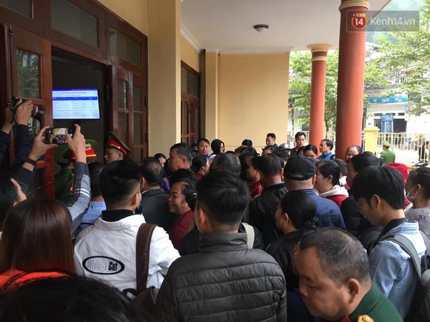 Mẹ nữ sinh giao gà ở Điện Biên bị tuyên 20 năm tù, 2 vợ chồng Vì Thị Thu lĩnh án chung thân - Ảnh 27.