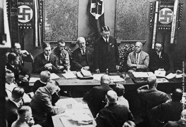 Ảnh hiếm về Adolf Hitler trước khi trở thành trùm phát xít khét tiếng - Ảnh 15.