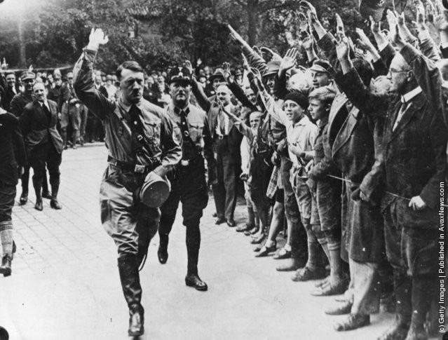 Ảnh hiếm về Adolf Hitler trước khi trở thành trùm phát xít khét tiếng - Ảnh 17.