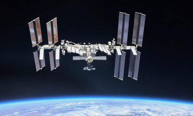 Hiện tượng kỳ quái các phi hành gia gặp phải khi lơ lửng ngoài vũ trụ - Ảnh 1.