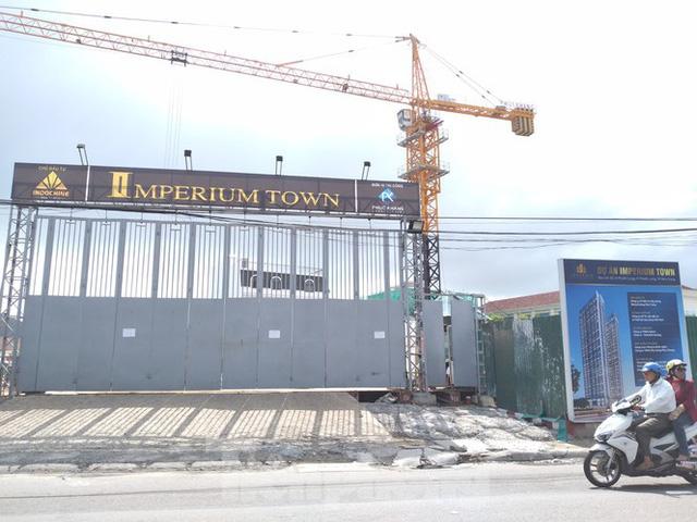 Phớt lờ lệnh cấm, dự án bất động sản khủng tại Nha Trang vẫn mở bán rầm rộ - Ảnh 1.