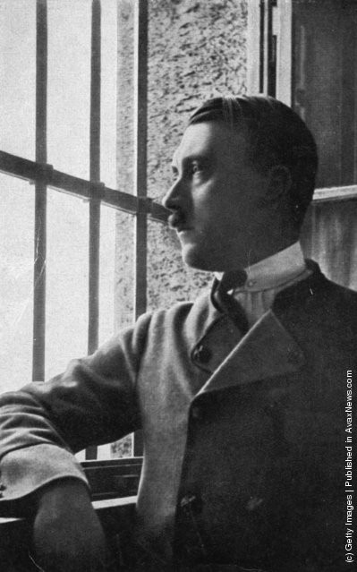 Ảnh hiếm về Adolf Hitler trước khi trở thành trùm phát xít khét tiếng - Ảnh 11.
