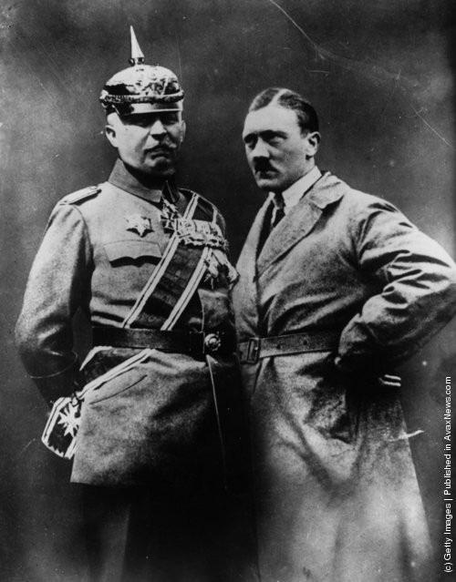 Ảnh hiếm về Adolf Hitler trước khi trở thành trùm phát xít khét tiếng - Ảnh 16.
