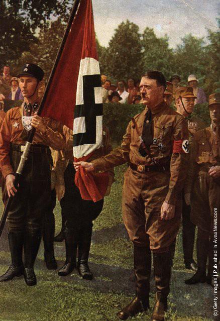 Ảnh hiếm về Adolf Hitler trước khi trở thành trùm phát xít khét tiếng - Ảnh 19.