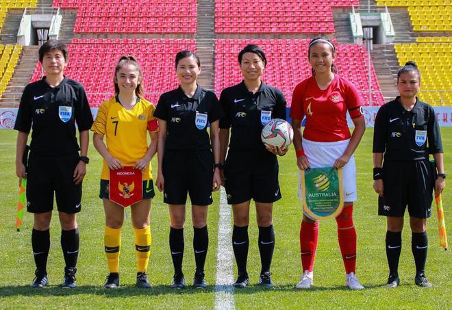 Bất ngờ với lý lịch khủng của tuyển thủ Indonesia vừa bị tuyển nữ Việt Nam đánh bại 6-0: Chiều cao vượt trội, sống ở châu Âu từ nhỏ, đang thi đấu ở CLB hàng đầu nước Anh - Ảnh 3.