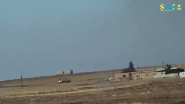 B-52 Mỹ áp sát Căn cứ KQ Khmeimim của Nga ở Syria, S-400 trố mắt nhìn - Bất ngờ chưa từng có - Ảnh 2.