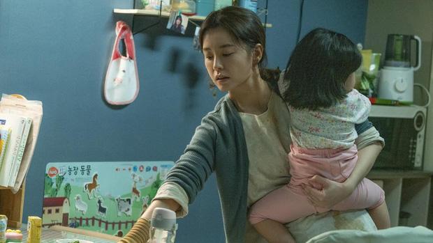 Không có chỗ cho những bà mẹ - văn hóa công sở bất công khiến phụ nữ Hàn lâm vào bế tắc, sợ kết hôn và sinh con - Ảnh 1.