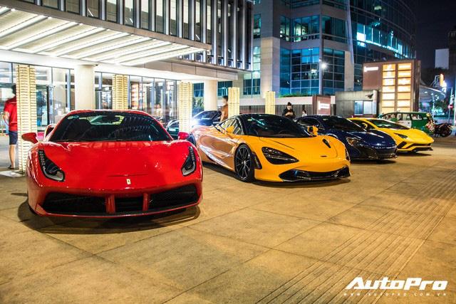 Cường Đô-la và đại gia Sài Gòn tụ họp gần 10 siêu xe mừng thôi nôi con trai trưởng đoàn Car Passion Hứa Hà Phương - Ảnh 9.