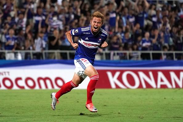 Ngôi sao Thái Lan được đội bóng Nhật Bản hỏi mua với mức giá gấp 11 lần Quang Hải - Ảnh 1.