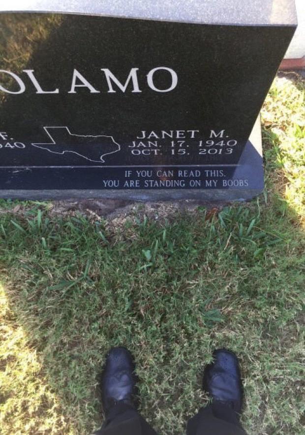 Những câu nói cực lầy khắc trên bia mộ khiến Thượng đế cũng phải cười khi đọc được - Ảnh 2.