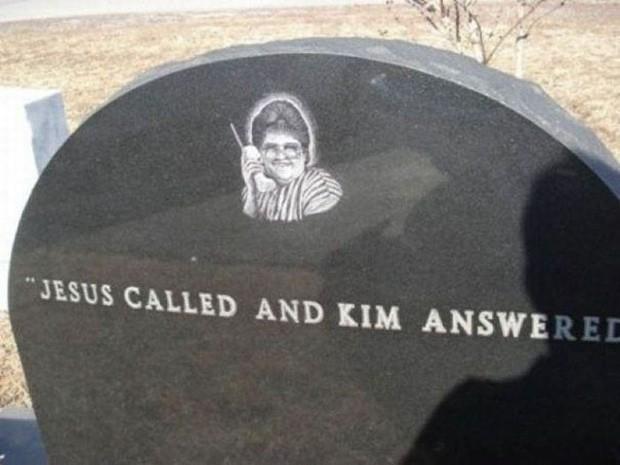 Những câu nói cực lầy khắc trên bia mộ khiến Thượng đế cũng phải cười khi đọc được - Ảnh 12.