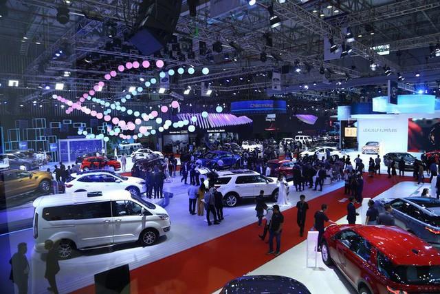 Ôtô giảm giá 200 - 300 triệu đồng không còn là chuyện hiếm - Ảnh 2.