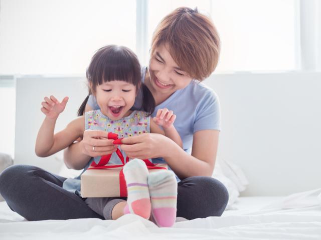 Giáo sư ĐH Harvard: Cha mẹ cứ làm tốt 8 vai trò này, con thành công là điều tất yếu - Ảnh 1.