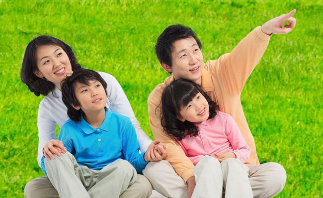 10 điều bố mẹ nên dạy con cái về tình yêu: Chỉ khi biết sớm những điều này, cuộc sống mới trở nên hạnh phúc - Ảnh 1.