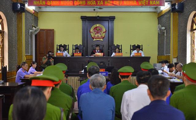 Danh tính 46 đảng viên là phụ huynh của thí sinh được nâng điểm trong vụ gian lận thi cử ở Sơn La  - Ảnh 1.