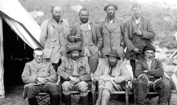Bí ẩn đằng sau cái chết ly kỳ của nhà thám hiểm trên dãy Everest - Ảnh 1.