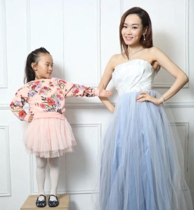 Hoa hậu TVB xuống dốc vì bê bối chửa hoang và tuổi 41 nương tựa đại gia làm lại cuộc đời - Ảnh 6.