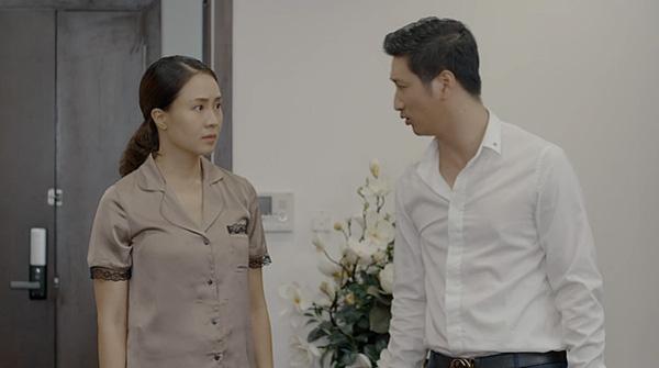 Nhan sắc đời thực của cặp bạn thân Hồng Diễm - Diệu Hương Hoa hồng trên ngực trái  - Ảnh 1.