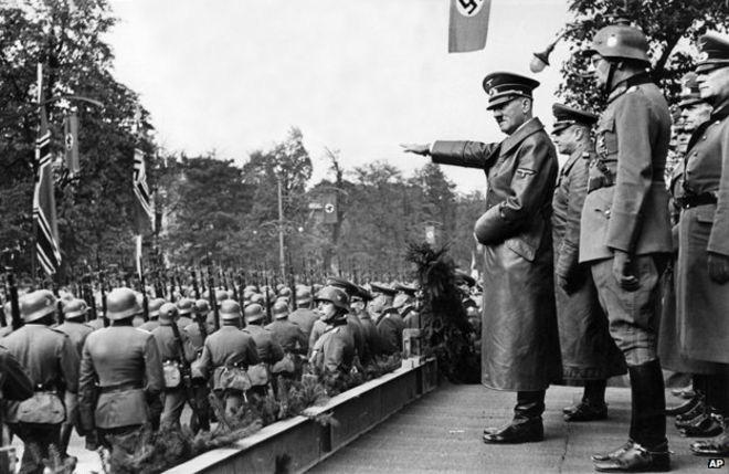 Hitler theo dõi lễ duyệt binh huyền thoại năm 1941 ra sao? - Ảnh 3.